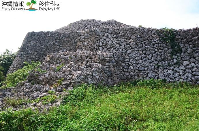 具志川城跡の石垣