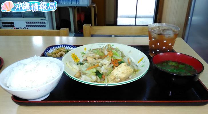 食堂花笠の豆腐ちゃんぷるー