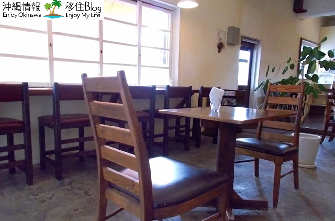 gibo cafe店内